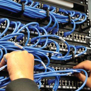 خدمات پشتیبانی و نگهداری شبکه